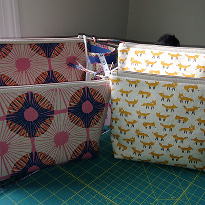 Learn to make a zippered pouch with Jody